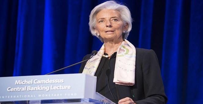 `ลาการ์ด`ชี้ศก.ยูโรโซนกำลังฟื้นตัว ยันยังไม่ตัดสินใจลดขนาด QE